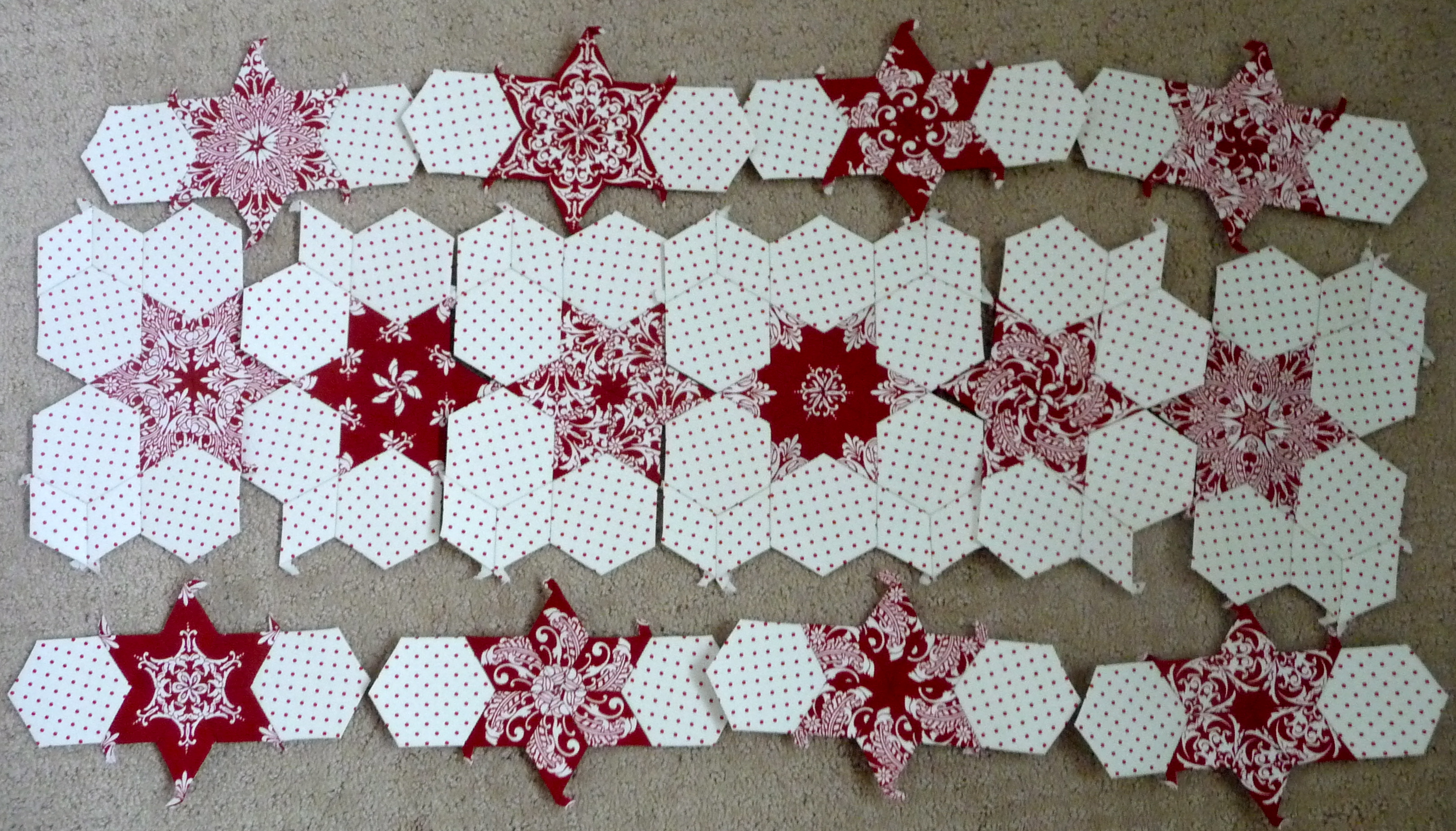 english paper piecing Got fabric scraps get quilting jumpstart your hexie obsession with my free 1 hexagon template and part one in my english paper piecing tutorial series.